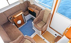 New Minor Offshore 25 interior