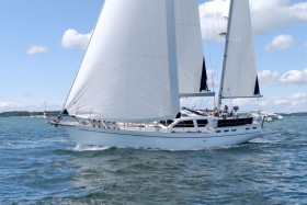 Nauticat525