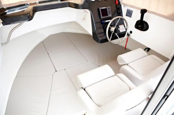 QS605PH Interior